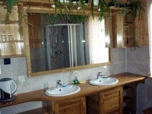 noclegi Łagów - jedna z łazienek